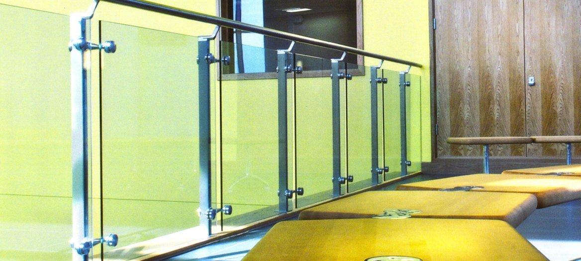 german multinational q railing offers advanced railing. Black Bedroom Furniture Sets. Home Design Ideas