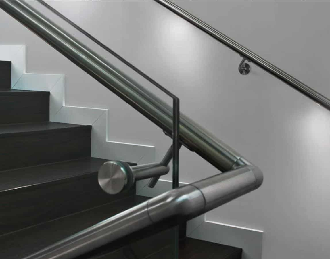 german multinational q railing offers advanced railing systems in india. Black Bedroom Furniture Sets. Home Design Ideas