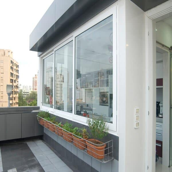 sliding window from fenesta